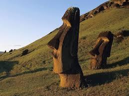 Isla de Pascua o Rapa Nui, destino turístico por excelencia por sus paisajes agrestes, playas y, sobre todo, por los Moais. Patrimonio de la Humanidad.